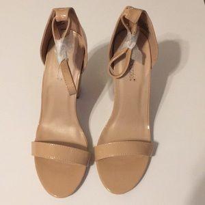 Nude heels size 9.5